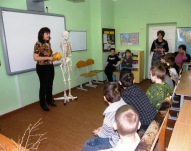 DJIVC lekcija «Skelets skapī»