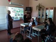 5.-9. klase iepazinās ar E. Birznieku-Upīti. Kopīgi lasīja Pelēkā akmens stāstus