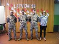 Ciemojās pārstāvji no 51. Dobeles zemessardzes bataljona. Viens no pārstāvjiem ir mūsu sporta skolotāja Baiba Medne